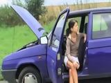 Teens Car Broke In Middle Od Nowhere But Grandpa Wont Help For Free