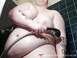 Shower Exhibition - French BBW on Vends-ta-culotte